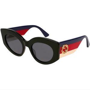 GUCCI Cat-Eye Frames with GG Emblem NWOT
